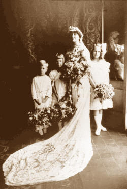 Loula Long Combs' Wedding Picture