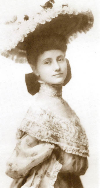 Sallie America Long, Long's eldest daughter